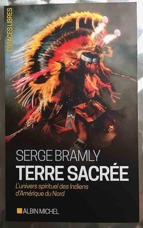 Photo of Terre sacrée de Serge Bramly chez Albin Michel