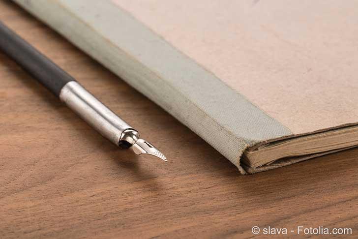 Photo of Bloc-notes: prendre des notes avec un stylo sur du papier