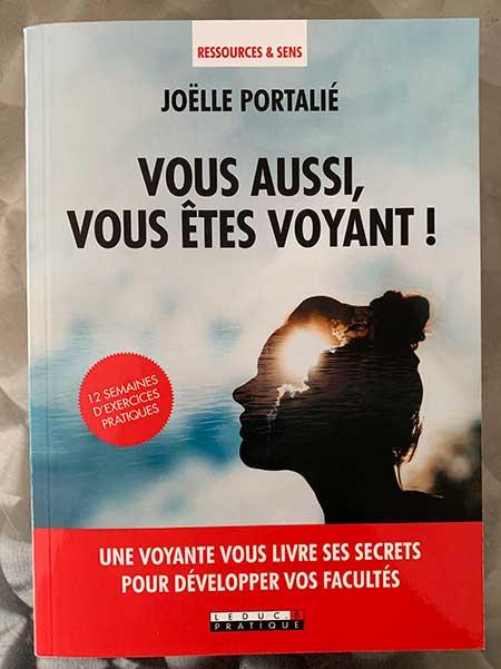 Photo of Vous aussi, vous êtes voyant de Joëlle Portalié chez Leduc.s Pratique